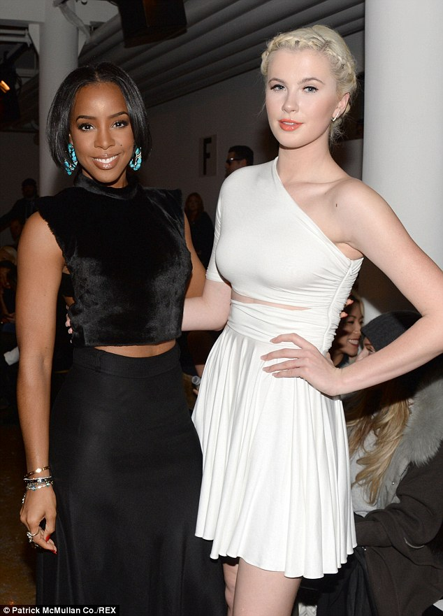 Kelly Rowland and Ireland Baldwin at Cushnie Et Ochs show - NY Fashion Week Photo: Patrick McMullan Via dailymail.co.uk